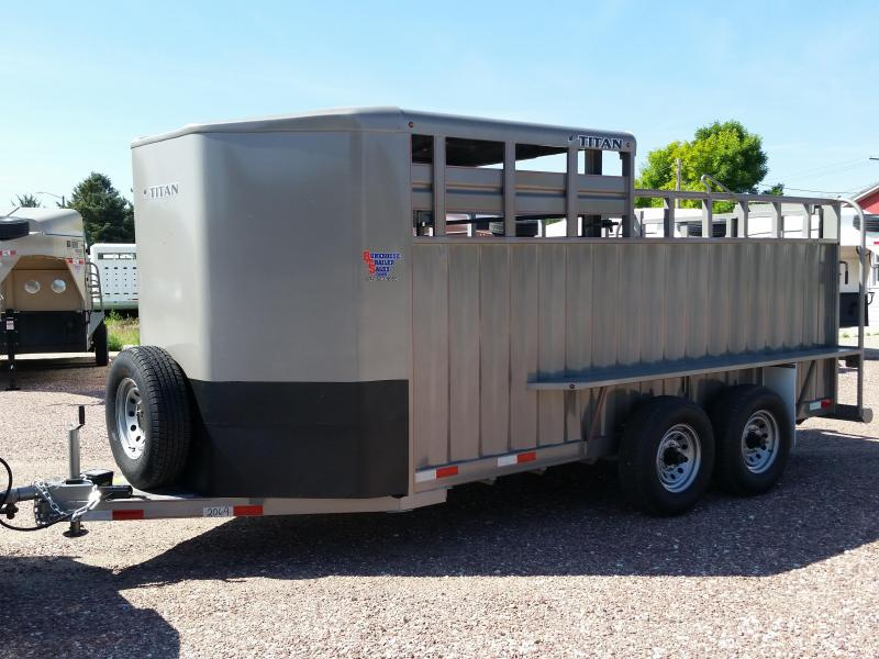 2019 Titan Trailers 16' BH RANCHER 1/2 TOP Livestock Trailer