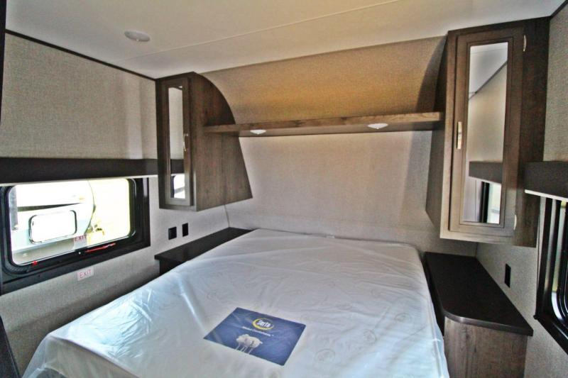 2020 Jayco Jay Flight SLX 232RB Travel Trailer RV