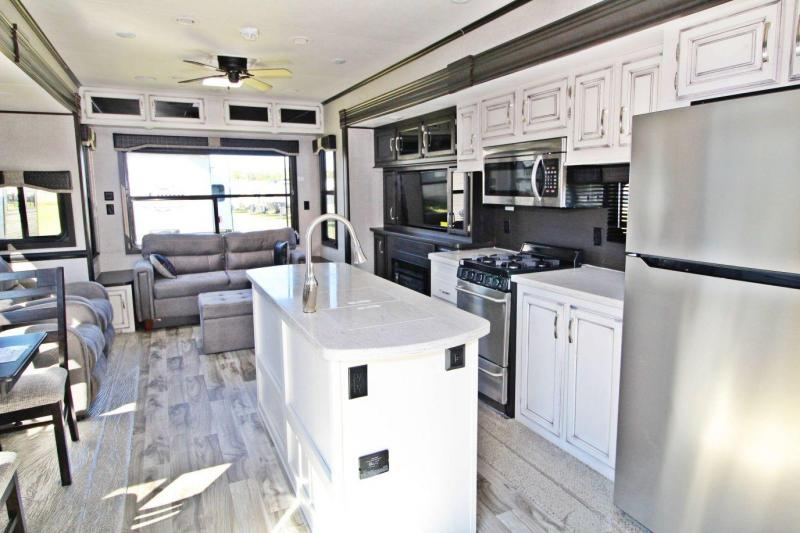 2020 Jayco Jay Flight Bungalow 40RLTS Destination Trailer RV