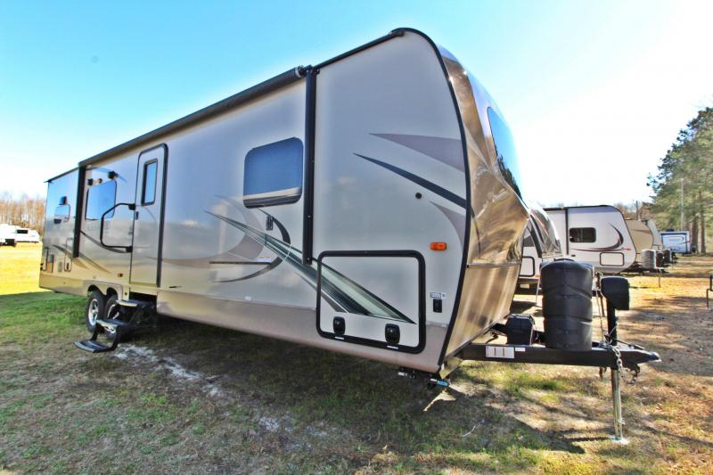 2018 Rockwood Ultra Lite 2902WS Travel Trailer RV