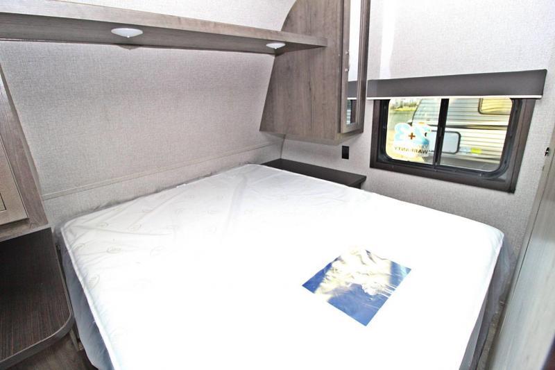 2020 Jayco Jay Flight SLX 267BHS Travel Trailer RV