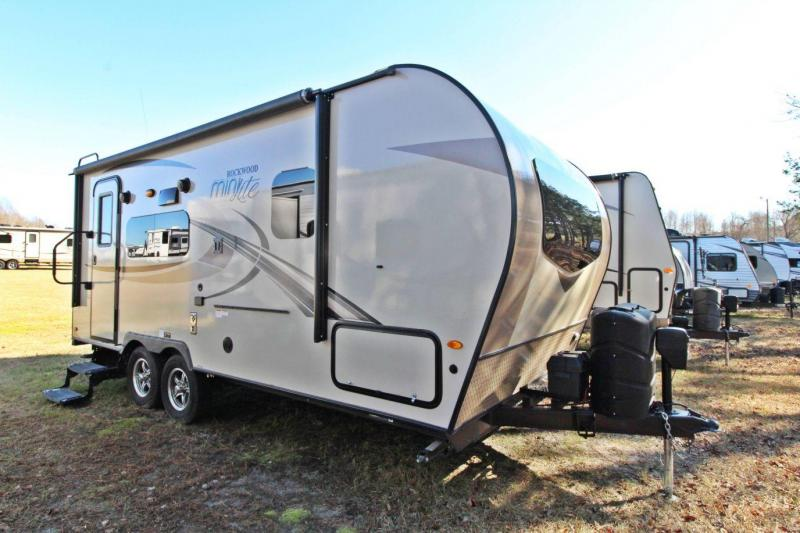 2018 Rockwood Mini Lite 2109S Travel Trailer RV