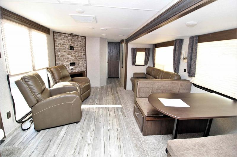 2018 Cherokee 304VFK Travel Trailer RV