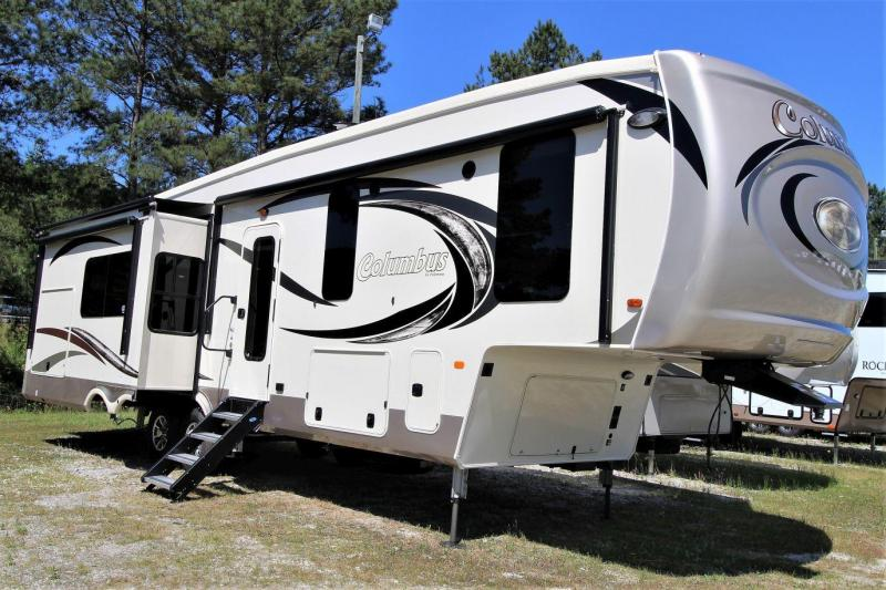 2019 Palomino Columbus CMF366RL Fifth Wheel RV