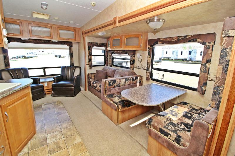 2009 Jayco Eagle 28.5RLS Fifth Wheel RV