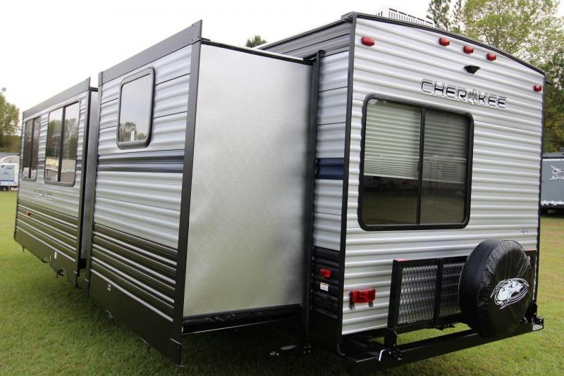 2019 Cherokee 304BH Travel Trailer RV