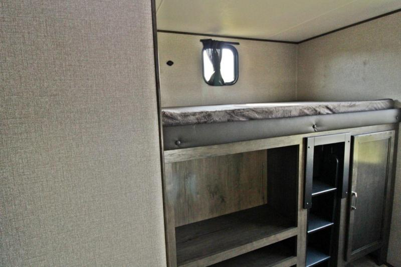 2020 Jayco Jay Flight SLX 324BDS Travel Trailer RV