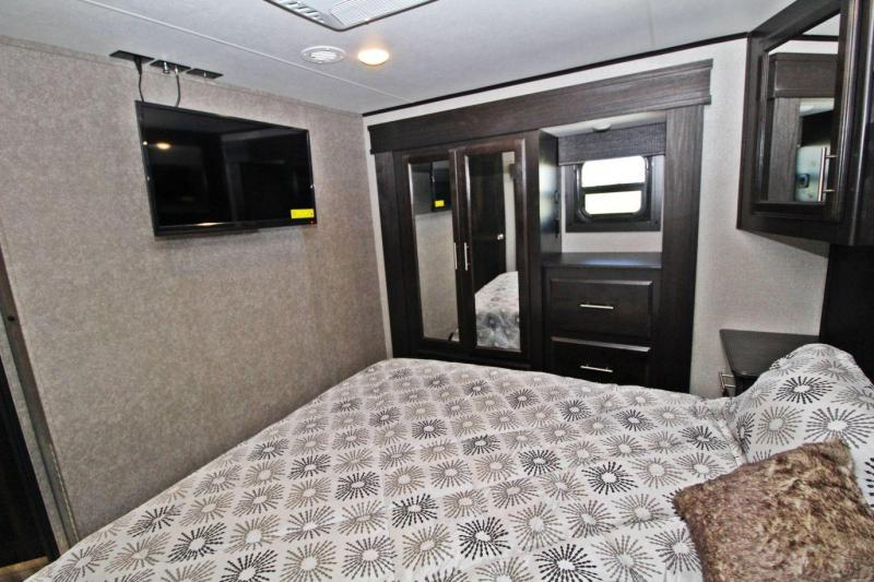 2020 Jayco Talon 403T Toy Hauler RV
