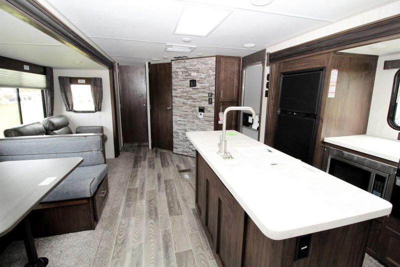 2019 Cherokee 304BH Travel Trailer RV
