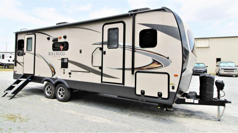2020 Rockwood Ultra Lite 2612WSD Travel Trailer RV