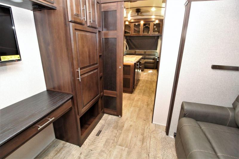 2019 Jayco North Point 377RLBH Fifth Wheel RV