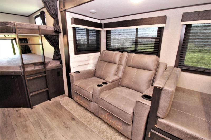 2020 Jayco Jay Feather 27BHB Travel Trailer RV