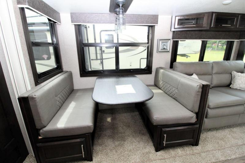 2019 Jayco Eagle 29.5FBDS Fifth Wheel RV