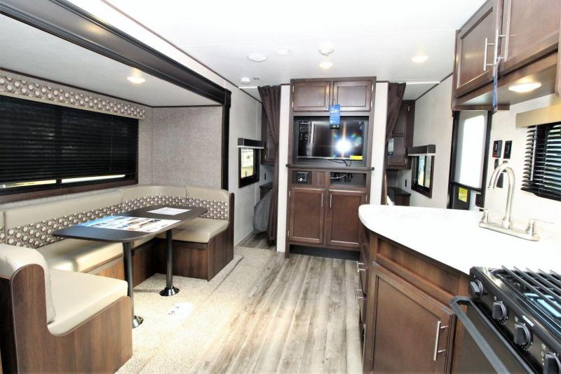 2019 Jayco Jay Flight SLX 242BHS Travel Trailer RV