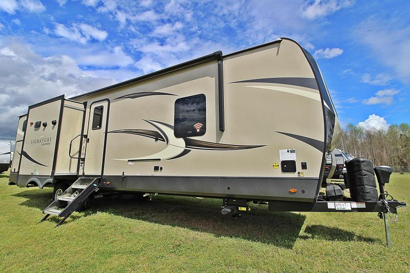 2020 Rockwood Signature Ultra Lite 8327SB Travel Trailer RV