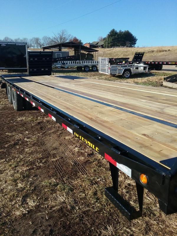 Big Tex 22GN 28'+5' with Mega Ramps
