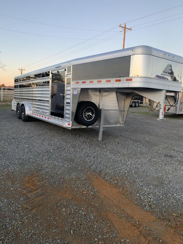 2020 Elite Trailers 7.5x24 Show Cattle Stock Livestock Trailer