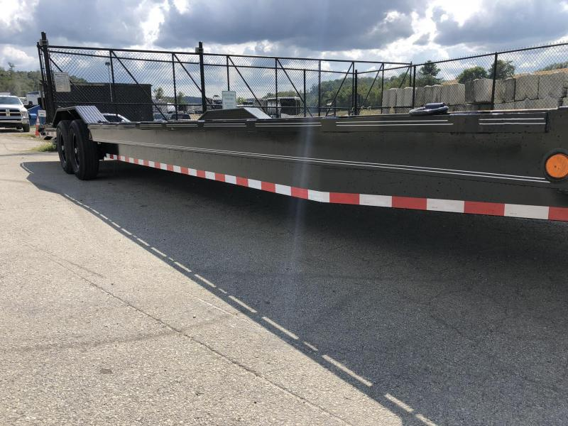 """2020 Load Trail 102x32' Equipment Trailer 14000# GVW * 102"""" DECK * DRIVE OVER FENDERS * 8"""" TONGUE AND FRAME * DUAL JACKS * SLIDE IN RAMPS * RUBRAIL * DEXTER'S * 2-3-2 * ZINC PRIMER"""
