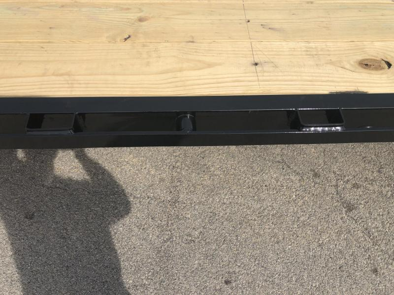 2020 Load Trail 102x40' HOTSHOT Gooseneck Deckover Flatbed 25990# Trailer * GP0240122 * 12K DEXTER AXLES * EOH DISC BRAKES * 8' RAMPS * HDSS Suspension * Under frame bridge * Torque Tube