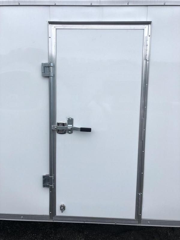 "2019 Sure-Trac 8.5x24' Landscape Pro Enclosed Trailer 9900# GVW * WHITE EXTERIOR * 2X6"" PLANK FLOOR * EXT TONGUE * 5200# TORSION * INTEGRATED KNIFE EDGE * STEEL WORKBENCH * ADJUSTABLE COUPLER * DROP LEG JACK * HD GUSSETS/REINFORCEMENTS * CLEARANCE"