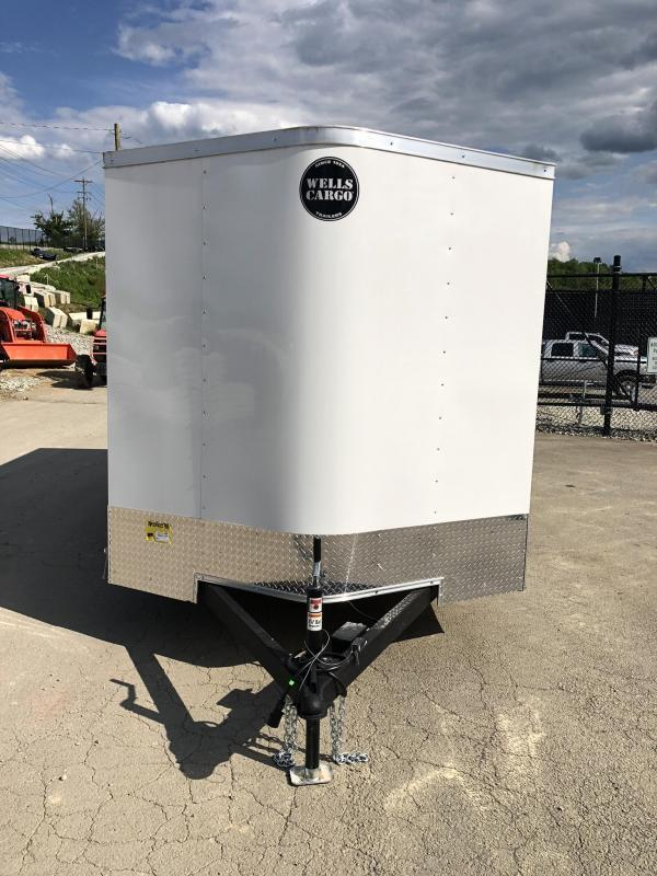 """2020 Wells Cargo 7x14' Fastrac Deluxe Enclosed Cargo Trailer 7000# GVW * WHITE * BARN DOORS * V-NOSE * 6'6"""" HEIGHT * 1 PC ALUM ROOF"""