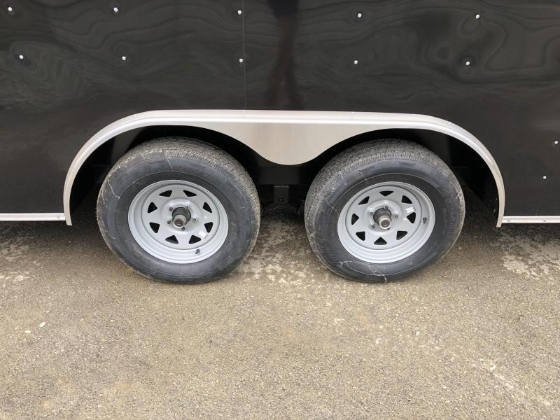 2020 Wells Cargo 8.5x24' Fastrac Deluxe Enclosed Car Trailer 7000# GVW * BLACK EXTERIOR * RAMP DOOR