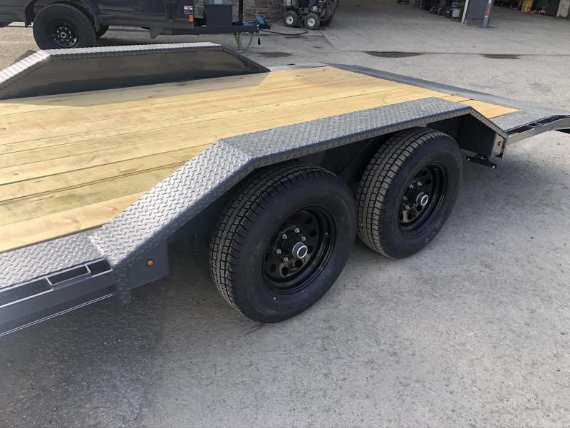 "2020 Lamar 102x22' Buggy Car Hauler Trailer 9990# GVW * 102"" DECK * DRIVE OVER FENDERS * CHARCOAL POWDERCOATING * 7K DROP LEG JACK * ADJUSTABLE COUPLER * RUBRAIL"