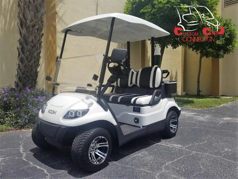 2020 ICON i20 White Golf Cart w/Golf Bag Attachment