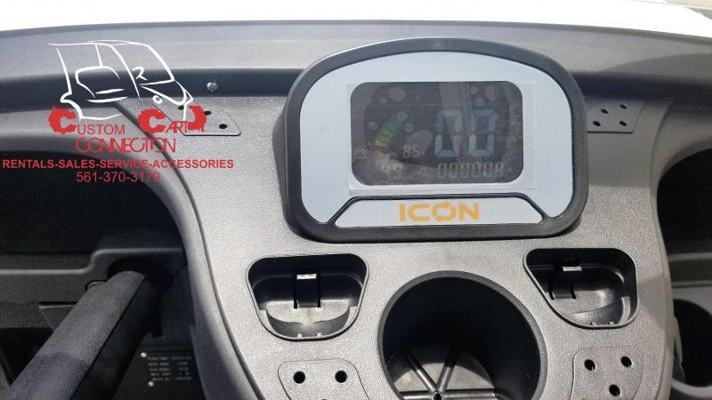 2019 ICON i40L Alpine White Golf Cart w/Custom Black & Gray Seats