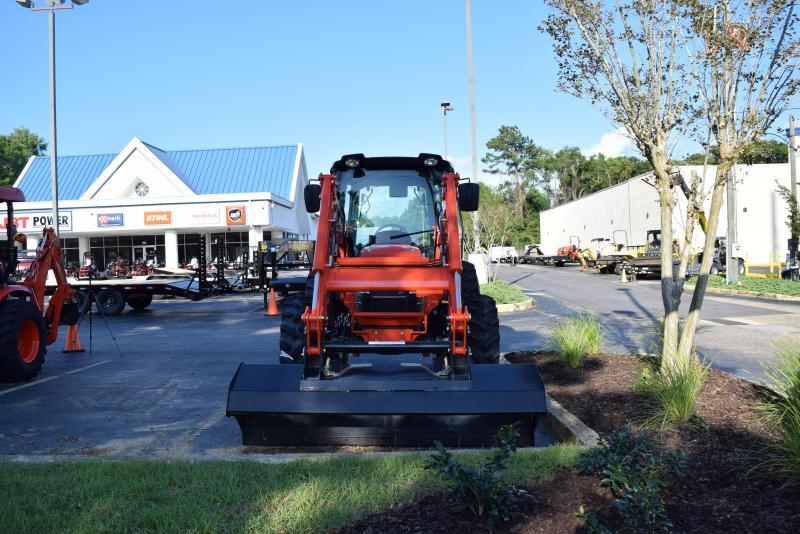 RX7320 Utility Tractor w/ Cab