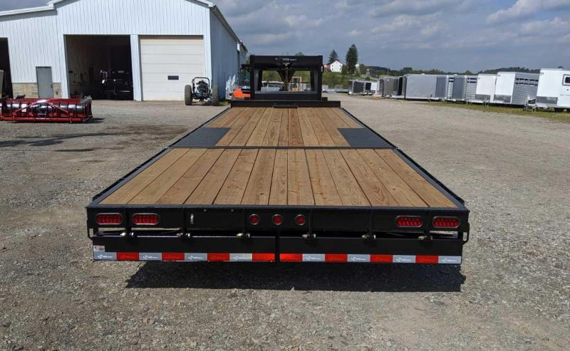 NEW 2020 B-Wise 28' Deckover Gooseneck (20' Flat, 8' Hydraulic Dovetail w/ 2' Flip Outs)