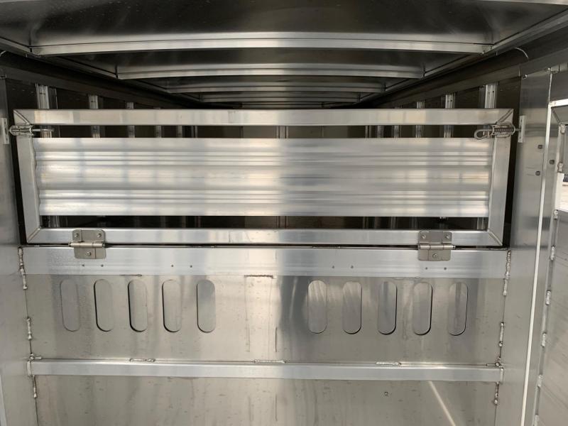 NEW 2020 Featherlite 20' Aluminum Gooseneck Stock Trailer w/  Center Gate w/ Slider