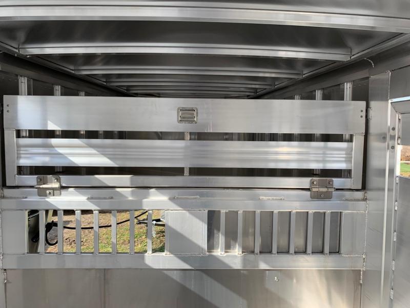 NEW 2020 FEATHERLITE 7'  x  24' PerfectFitTM System Gooseneck Stock Trailer w/ (2) Centergates w/ Sliders