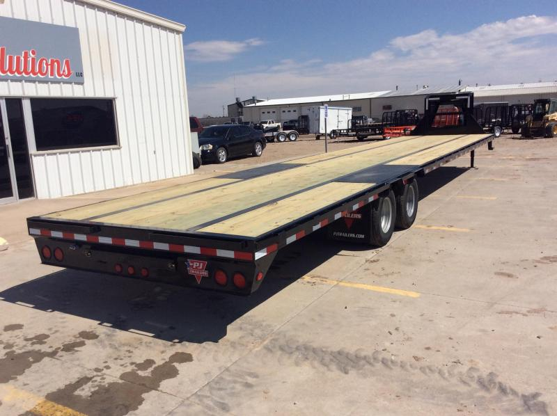 "2020 PJ 40' x 102"" Low-Pro Flat deck with Duals"