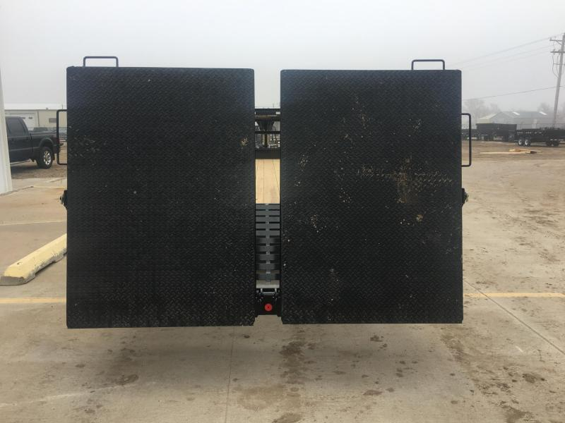 "2020 PJ 32' x 102"" Low-Pro Flatdeck with Duals"