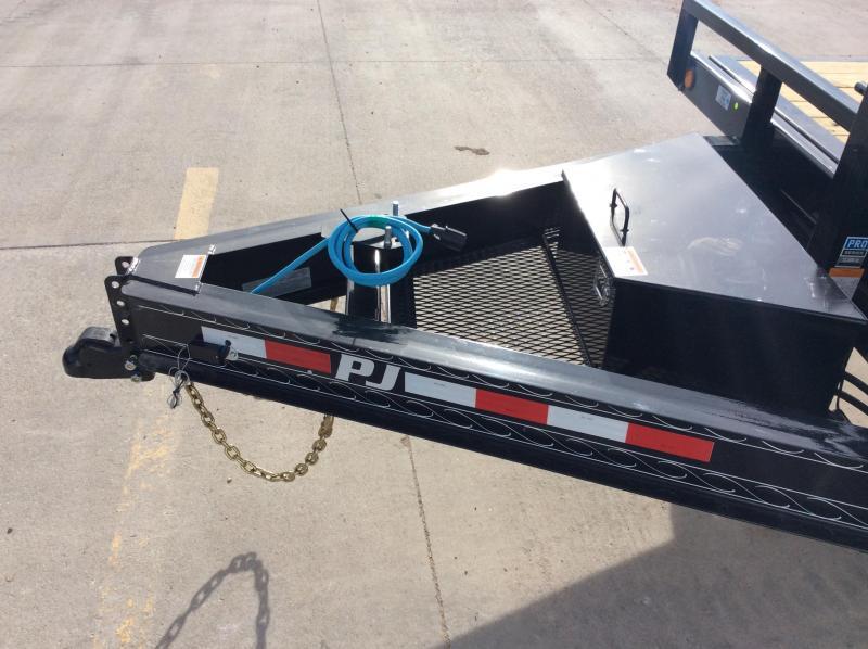 "2020 PJ 22' x 102"" Deck over Tilt Trailer"