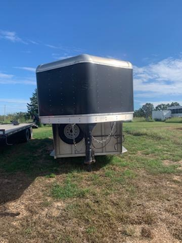 2015 Trailers USA Inc. TRAILERS USA 3 HORSE STOCK Livestock Trailer