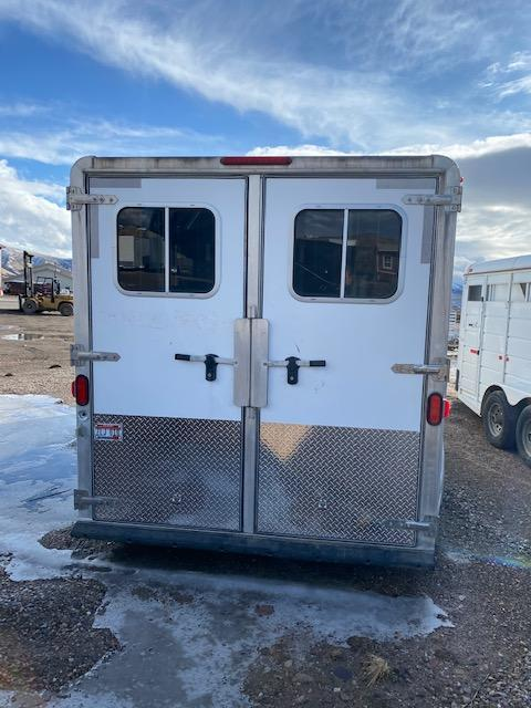 2006 Featherlite 3 Horse GN Trailer