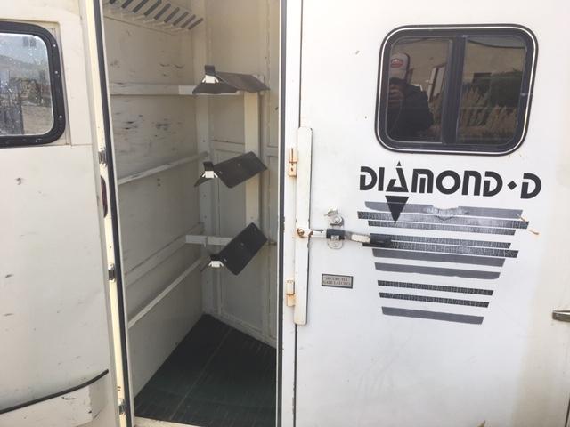 1991 Diamond D 3 horse bumper pull Horse Trailer