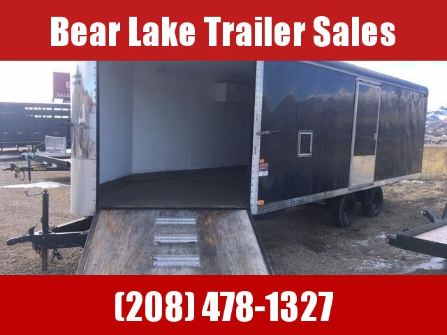 2002 Charmac Trailers 4 Place Sled Snowmobile Trailer