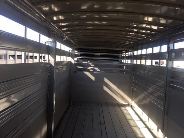2020 Titan Trailers 24' Standard Stock Livestock Trailer
