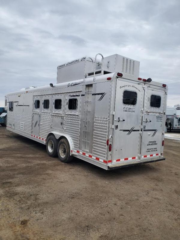 2005 C and C Trailers 14ft Short Wall 4 Horse Trailer