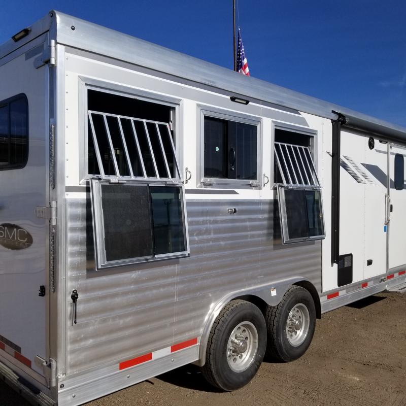 2019 SMC 3 Horse Living Quaters Horse Trailer