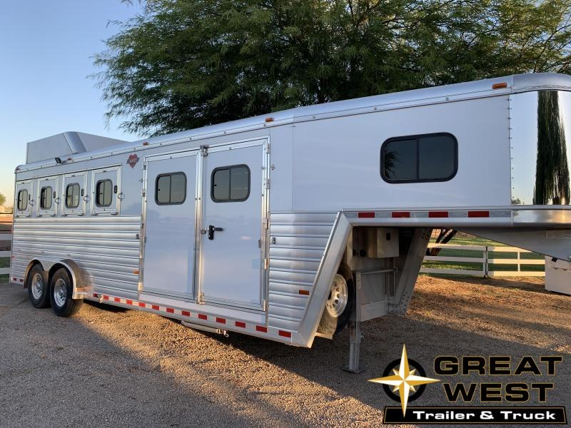 2016 Hart Trailers Trainers Horse Trailer