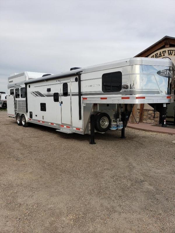 2020 SMC SL8313SSR Living Quarters 3 Horse Trailer
