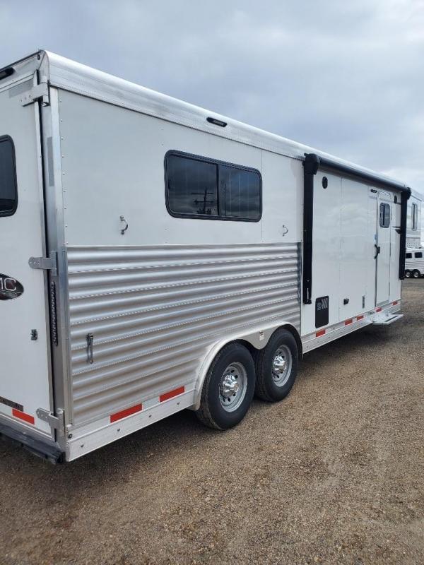 2020 SMC Horse Trailers 9' SW 3 Horse Trailer