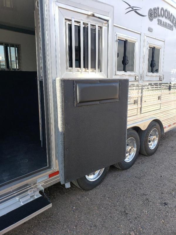 "2020 Bloomer 15'4"" SW 4 Horse Rear Side Load Horse Trailer"