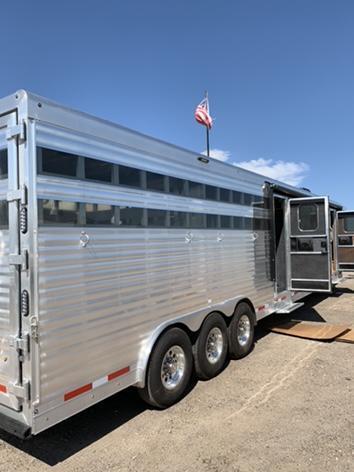 2020 SMC Stock Combo 13' Short Wall Horse Trailer