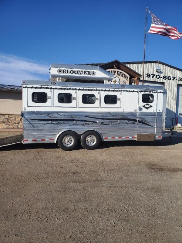 2007 Bloomer 4 Horse Bumper Pull Horse Trailer