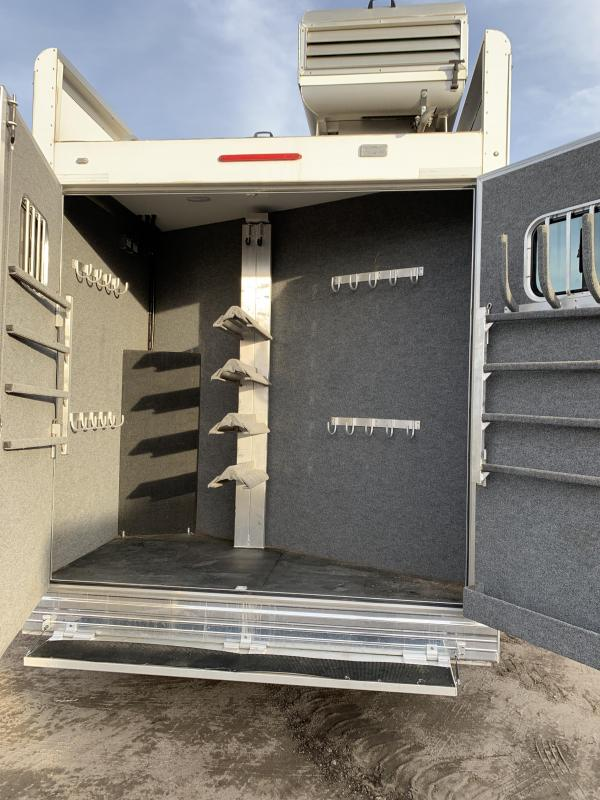 2016 Bloomer 16.5 Short Wall Rear side load 4 Horse Trailer